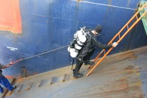 Mentenanta balize decembrie 2014 Constanta - Nemo Pro Diving 016