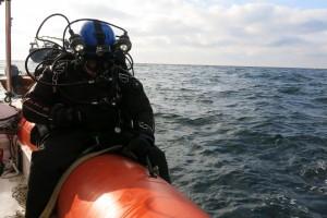 Mentenanta balize decembrie 2014 Constanta - Nemo Pro Diving 040