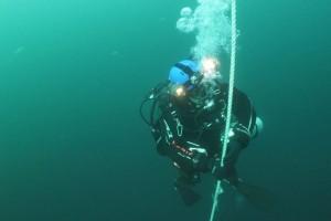 Montare senzor balize cu nava Mare Nigrum in Marea Neagra - Nemo Pro Diving 006