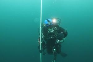Montare senzor balize cu nava Mare Nigrum in Marea Neagra - Nemo Pro Diving 007
