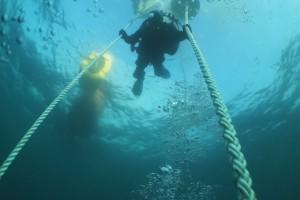 Montare senzor balize cu nava Mare Nigrum in Marea Neagra - Nemo Pro Diving 009