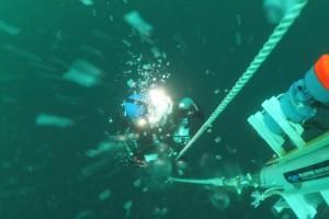Montare senzor balize cu nava Mare Nigrum in Marea Neagra - Nemo Pro Diving 010