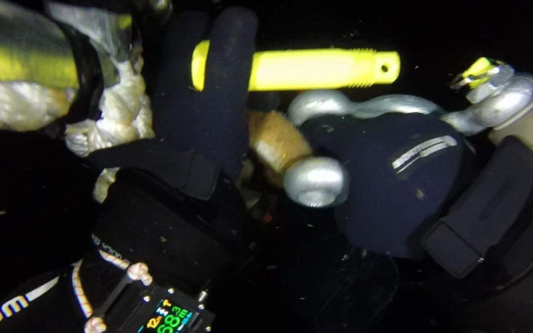 Montare senzor balize cu nava Mare Nigrum in Marea Neagra realizata de Nemo Pro Diving