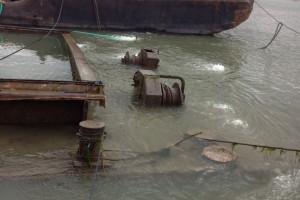 ramfulare barja pe canalul Dunare-Marea Neagra la Cochirleni - Nemo Pro Diving 003