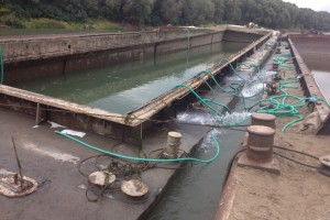 ramfulare barja pe canalul Dunare-Marea Neagra la Cochirleni - Nemo Pro Diving 201