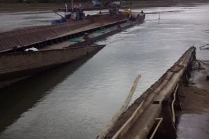 ramfulare barja pe canalul Dunare-Marea Neagra la Cochirleni - Nemo Pro Diving 206