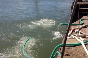 ramfulare barja pe canalul Dunare-Marea Neagra la Cochirleni - Nemo Pro Diving 207