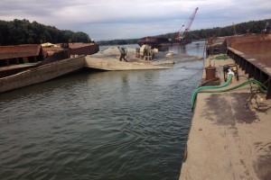 ramfulare barja pe canalul Dunare-Marea Neagra la Cochirleni - Nemo Pro Diving 209