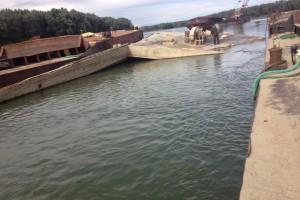 ramfulare barja pe canalul Dunare-Marea Neagra la Cochirleni - Nemo Pro Diving 211