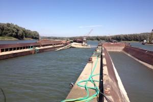 ramfulare barja pe canalul Dunare-Marea Neagra la Cochirleni - Nemo Pro Diving 213