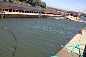 ramfulare barja pe canalul Dunare-Marea Neagra la Cochirleni - Nemo Pro Diving 214