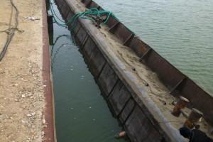 ramfulare barja pe canalul Dunare-Marea Neagra la Ovidiu - Nemo Pro Diving 002